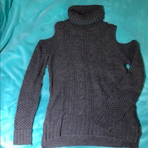 American Eagle cut out shoulder sweater